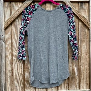 LulaRoe - Randy Top